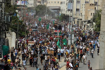 Thousands farewell the three assassinated Qassam leaders at their funerals in Rafah today
